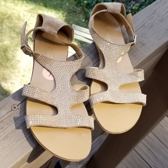 a40409044550 A. Giannetti Shoes - EUC A. Giannetti Ankle Strap Buckle Flats Sandals